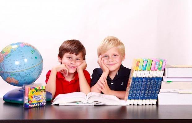 子供向けのオンライン英会話スクール2選を紹介