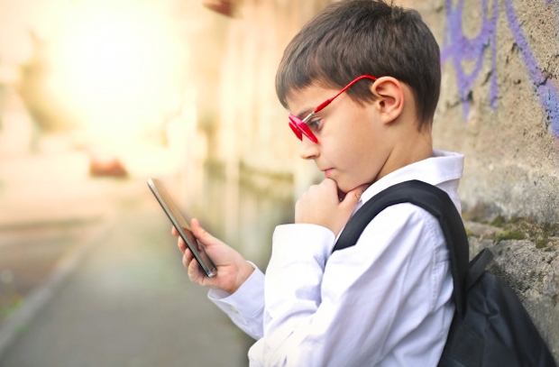 おすすめできるiPadの子供向け英語学習アプリ【特徴別】