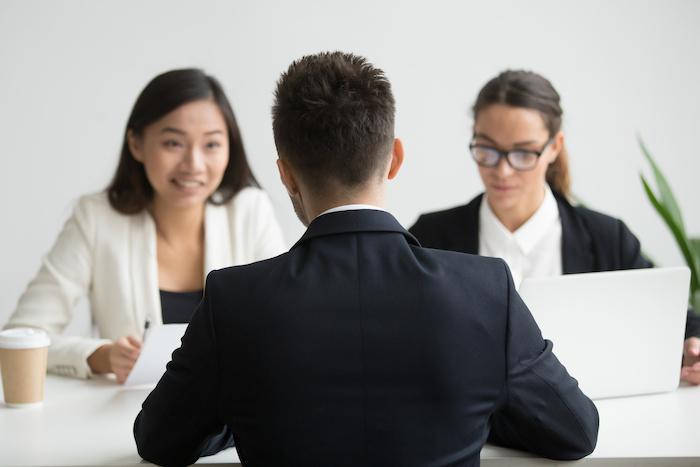 複数のエージェントを使い並行して転職活動を行う